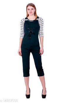Clothing Sets FNOCKS GIRLS TOP AND DUNGAREES Top Fabric: Cotton Blend Bottom Fabric: Cotton Blend Multipack: Single Sizes: 12-13 Years Country of Origin: India Sizes Available: 11-12 Years, 12-13 Years, 13-14 Years, 14-15 Years, 15-16 Years   Catalog Rating: ★4 (502)  Catalog Name: Modern Funky Girls Top & Bottom Sets CatalogID_2848408 C62-SC1147 Code: 545-14357558-6441