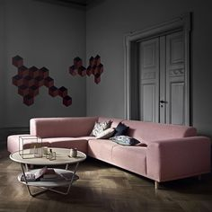 Hannah 6 seater corner sofa upholstered in London, Rosa. | Bolia