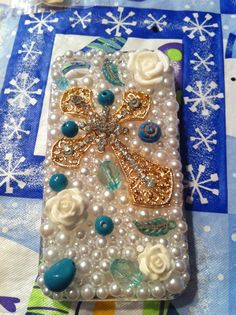 Country cross case iPhone 4/4s  by DazzlingCases on Etsy, $19.99