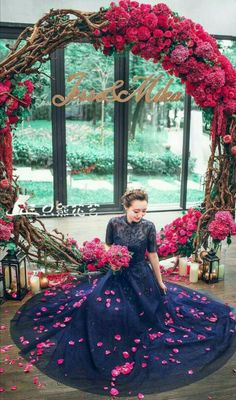 11 More Giant Wedding Wreaths: The Hottest Wedding Trend: Gorgeous bold red and fuchsia wreath as a wedding backdrop, lanterns and candles all around Wedding Wreaths, Wedding Flowers, Wedding Decorations, Wedding Dresses, Graduation Decorations, Wedding Backdrops, Wedding Trends, Trendy Wedding, Wedding Designs