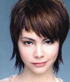Short hair can look good, didn't you know? And it definitely will look good.We have a list of the 50 best short shag haircuts that we could find! Shaggy Short Hair, Short Shaggy Haircuts, New Short Hairstyles, Girls Short Haircuts, Hairstyles With Bangs, Layered Hairstyles, Modern Hairstyles, Hairstyle Ideas, Trendy Haircuts