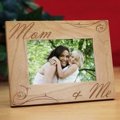 Personalized Mom and Me Picture Frame - Gifts Happen Here