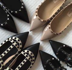 Acheter une paire de souliers Valentino