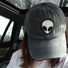 NWT washed gray alien patch cap baseball cap NWT // brandy melville // highly sought for // feel free to negotiate, keep in mind posh commission rate! Visual Kei, Alien Hat, Grey Alien, Sporting, Cute Hats, Beanie Hats, Beanies, Dad Hats, Swagg