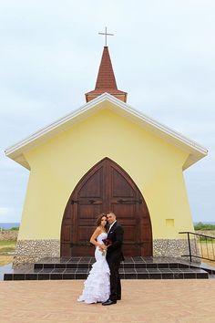 Aruba beach wedding! #LuvBridal #Wedding #Destination #DestinationWedding #Elope #LetsRunaway #Cuba