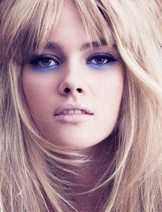a gente ama todo esse drama com sombra azul e roxinha! nossas sugestões de sombra pra montar esse look: azulita http://on.fb.me/O1twCG e lilebele http://on.fb.me/OwPOM6 ;)