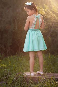 'Audrey' Dress in Mint
