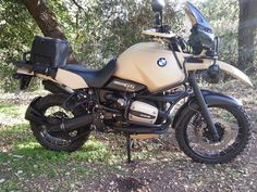 A great looking R1100GS with custom paintjob.