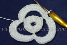 Irish Crochet Lace - step by step instructions Three petal flower