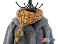 Knit this super quick cowl with Lion Brand Quickie! Get the pattern by How Do you Do It on Ravelry.