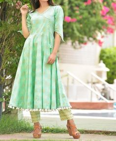 Hand block printed kurti with pom-pom lace and sleeves detailing. Dress Designs, Sleeve Designs, Indian Fashion, Women's Fashion, Kurti Neck, Printed Kurti, Indian Couture, Neck Pattern, Woman Clothing