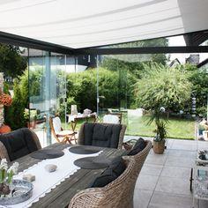 Sommergarten oder Wintergarten aus Oberösterreich Outdoor Furniture Sets, Outdoor Decor, Glass House, Backyard Patio, Garden, Home Decor, Entry Doors, Summer Garden, House Of Glass
