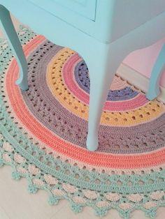 Crochet Mat, Crochet Carpet, Crochet Rug Patterns, Love Crochet, Beautiful Crochet, Crochet Doilies, Crochet Stitches, Doily Rug, Crochet Mobile