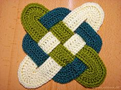 I  love using different color combination's with this crochet pattern