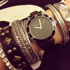 Big watches like this are definitely my new obsession.