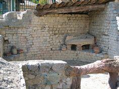 Thermes de la maison à l'Apollon Lauré (site de Puymin)  IIème siècle / 2nd century Vaison-la-Romaine. Provence