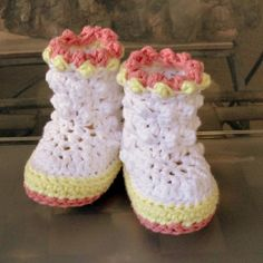 Instant Download - Crochet Pattern - Baby Raindrop Boots PDF 18 SALE
