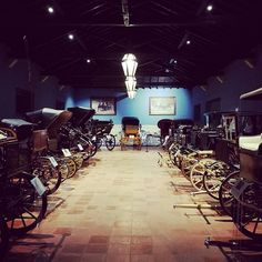 One of the largest private carriage collection in Europe with 37 original restaurated pieces, seen at Monte da Ravasqueira in Arraiolos, Alentejo. Great collection.  @monte_da_ravasqueira #montedaravasqueira #carriages #carriage #alentejo @visitalentejo #arraiolos #carriagecollection #collection #privatecollection #smartphonephotographer #portugal #visitofportugal #iloveportugal