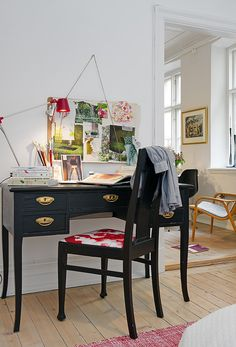 Paint this desk again!