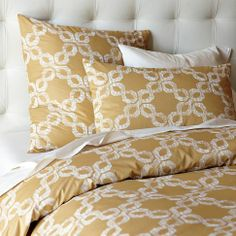 west elm offers modern bedding sets that feature comfort and style. Shop bedroom accessories, including pillows, throws, and duvet covers. West Elm Duvet, Guest Bed, Guest Room, Bedroom Accessories, King Duvet, How To Make Bed, Duvet Sets, My Room, Duvet Covers