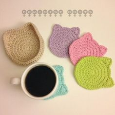 Crochet Patterns Neutral Two crocheted cat coasters sets new in the shop today: neutrals brights Chat Crochet, Crochet Diy, Crochet Home, Crochet Gifts, Thread Crochet, Crochet Coaster Pattern, Crochet Patterns, Doily Patterns, Crochet Cat Pattern