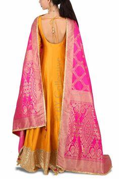 Marigold Anarkali Banarasi Dupatta - Fashion Show Indian Wedding Gowns, Indian Gowns Dresses, Indian Outfits, Brocade Dresses, Indian Clothes, Indian Bridal, Silk Anarkali Suits, Anarkali Dress, Salwar Kurta