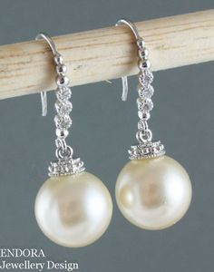Boda arete de perla, Vintage marfil Creamrose Pearl Earring, Swarovski crema marfil perla plata gota pendiente, grandes aretes de perlas, algo viejos