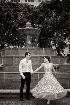 Summer engagement session at The Plaza in New York City