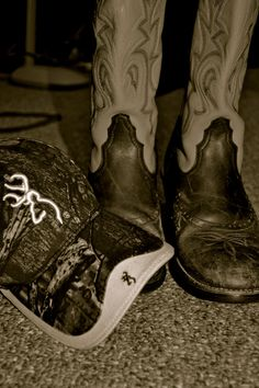 Boys in Boots and Browning hats.