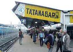 Jamshedpur : रेलवे स्टेशन पर पैसेंजर की सुविधा बढ़ाने के लिये इंतजाम तो कई किये गये थे पर सारे सिर्फ नाम के ही अब नजर आ रहे हैं. ...