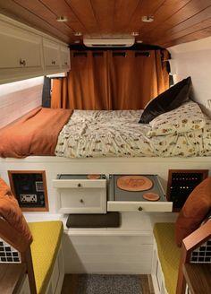Van Conversion Interior, Camper Van Conversion Diy, Motorhome, Kombi Home, Van Home, Campervan Interior, Van Living, Van Camping, House On Wheels