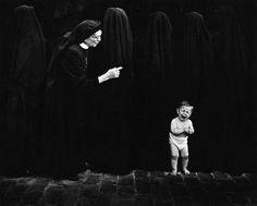 Pedro Luis Raota (1934 - 1986) fue un fotógrafo argentino conocido internacionalmente, se le considera uno de los mejores fotógrafos del mundo y es, sin duda, el fotógrafo argentino que mayor número de premios ha recibido en concursos y salones fotográficos de todo el mundo.