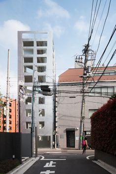 Taichi Mitsuya & Associates + UNEMORI ARCHITECTS | Yamate Street House | Tokyo, Japan | 2014 | http://unemori-archi.com