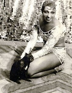 Josephine Baker ~ She was a huge animal lover, a civil rights activist  and adopted many children from around the world  that she loving referred to as her 'rainbow tribe'