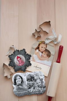 Send your loved ones a special Holiday greeting card this year from Minted.