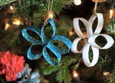 Estrellas navideñas con rollos de papel