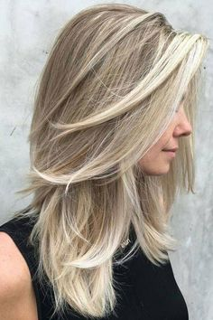 Layered Hairstyles Long Straight Hair With Dynamic Ashblonde Coloring And Tons Of