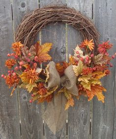 Fall Wreath #Fall #Wreath #Rustic #Burlap #Leaves
