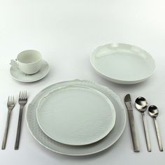 if only these were sold somewhere at a reasonable price porcelain modern dinnerware - Modern Dinnerware