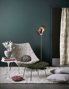 What color to repaint your wall Our 30 inspirations Elle Decoration Small Space Interior Design, Living Spaces, Living Room, Elle Decor, House Colors, Sweet Home, Lounge, Room Decor, Wall