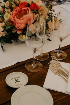 Plan your destination wedding in Italy with VB Events Best Wedding Planner, Destination Wedding Planner, Luxury Wedding, Dream Wedding, Reception Table, Italy Wedding, Post Wedding, Wine Recipes
