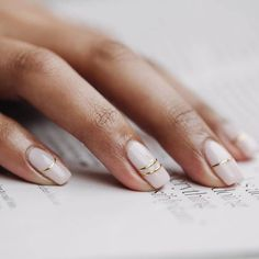 In look for some nail designs and some ideas for your nails? Here's our list of must-try coffin acrylic nails for modern women. Wedding Nails For Bride, Bride Nails, Boho Wedding, Wedding Manicure, Wedding Heels, Summer Nail Polish, Summer Nails, Nagellack Design, Lines On Nails
