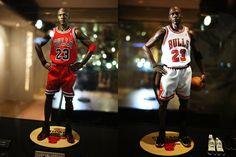 Michael Jordan Figurines by Enterbay Showcase Michael Jordan 12, Jordan 23, Basketball Is Life, Basketball Players, Nba Figures, Action Figures, Jeffrey Jordan, Battle Of The Planets, Black Comics