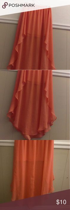 🏖 LOW BALL OFFER WELCOME Cute Skirt Cute skirt size Medium, may have some snags not noticeable unless you look closely. Peach/Melon/Coral color Xhilaration Skirts Asymmetrical