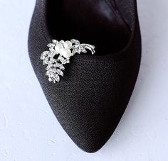 Bridal Shoe Clips Pearl Crystal Rhinestone Shoe Clips by LXdesigns, $29.00
