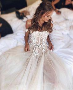 #MUSEbyBERTA   #Bridal beauty ♥ Dream Wedding Dresses, Wedding Gowns, Muse By Berta, Yellow Bridesmaid Dresses, Funny Wedding Invitations, Beautiful Bride, Wedding Hairstyles, Tulle, Dear Future