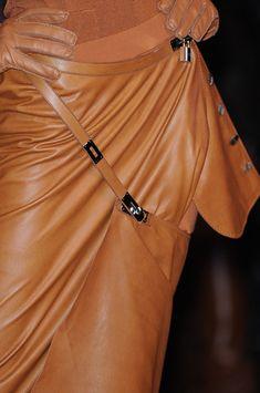 Hermès Spring 2011 - Details ♥✤