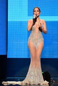 Transparencias en la Red Carpet - Jennifer Lopez AMA 2015