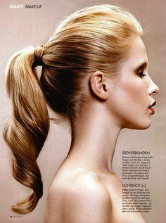 spiral ponytail