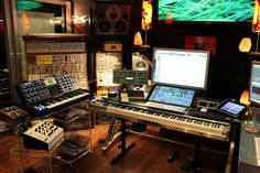 victimofthecity:  Junkie XL Studio Command Center by Keyboard Magazine on Flickr.